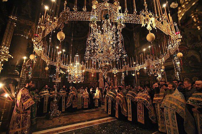 Ночное богослужение на Афоне