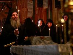 Elder Aimilianos buried at Annunciation Convent in Ormylia (+ VIDEOS)
