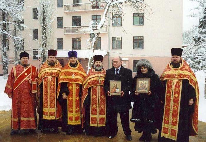 Так начиналось строительство обители в Краснодаре. 2001 г.