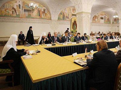Под председательством Святейшего Патриарха Кирилла состоялось заседание Президиума Общества русской словесности