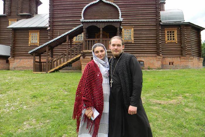 Отец Димитрий с матушкой Софией