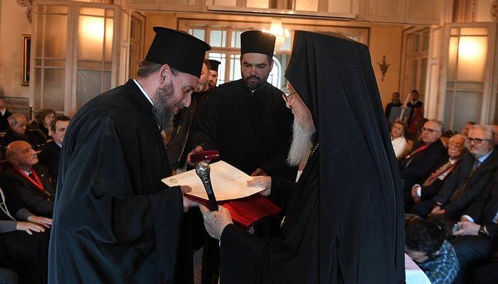 Archimandrite Epiphanius with Patriarch Bartholomew. Photo: iellada.gr