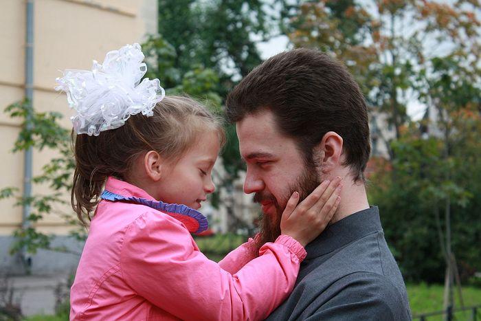 Иерей Феодосий Амбарцумов, отец 9-ти приемных детей с инвалидностью иерей Феодосий Амбарцумов