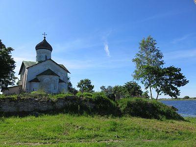 Храм св. Николая в Псковском Устье: где же все-таки начинается Россия?