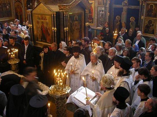 На отпевании Вячеслава Михайловича Клыкова в Сретенском монастыре