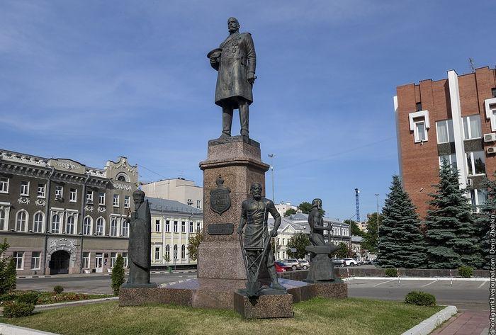 Монумент Петру Аркадьевичу Столыпину
