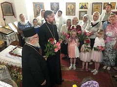 Archimandrite of Cypriot Church visits seized churches in Ukraine