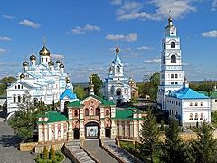 Pochaev Lavra begins 800th-anniversary of Holy Spirit Skete with consecration of new church