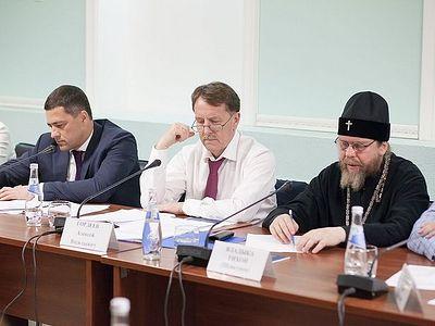 Вице-премьер Алексей Гордеев провел совещание по сохранению и реконструкции псковских монастырей