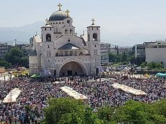 Mass service held in Montenegro in defense of Serbian Church (+ VIDEO)