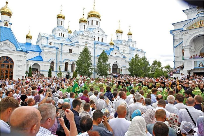 Photo: pochaev.org.ua