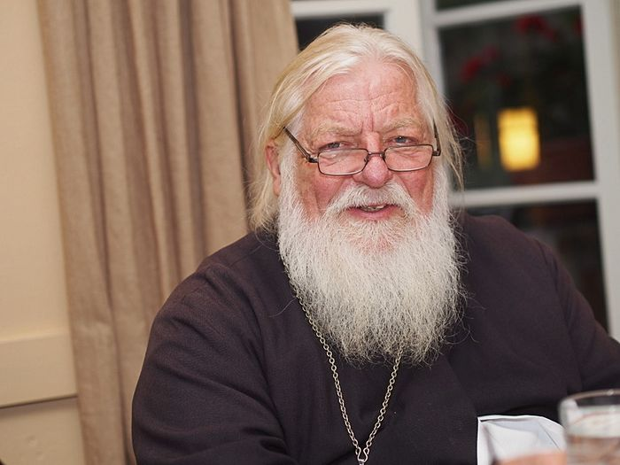 Fr. Stephen Pavlenko. Photo: wadiocese.org