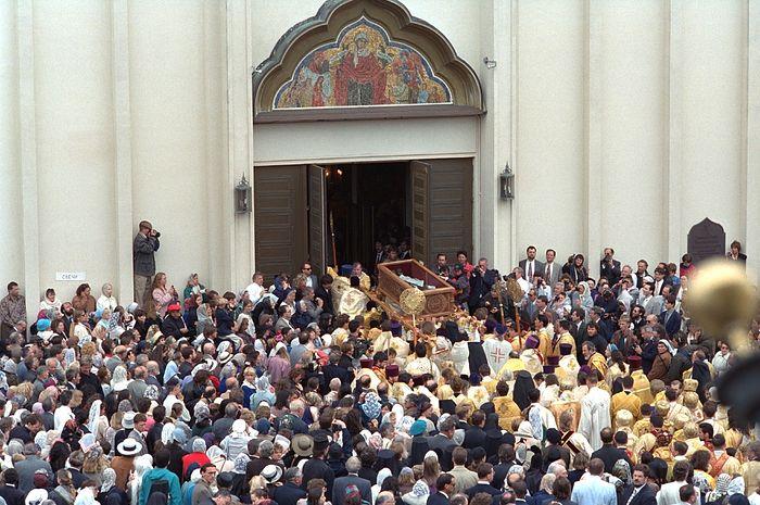 Прослављање светитеља Јована Шангајског