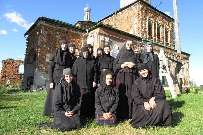 В Шаровкином монастыре
