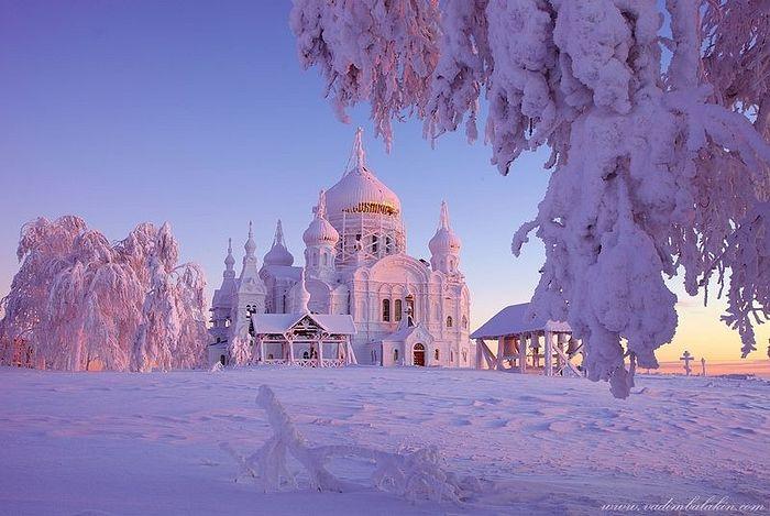St. Nicholas-Belogorsk Monastery. Photo: amusingplanet.com