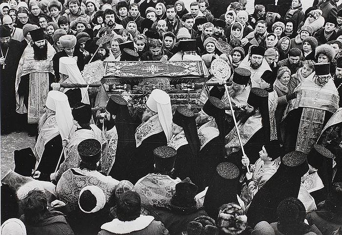 The meeting of the relics of St. Seraphim of Sarov