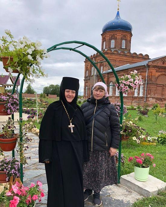С игуменией монастыря матушкой Виталией