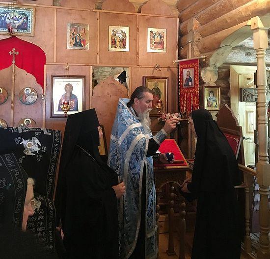 Праздник иконы «Троеручица» 11 июля 2018 г. Духовник обители архимандрит Антоний (Гаврилов)