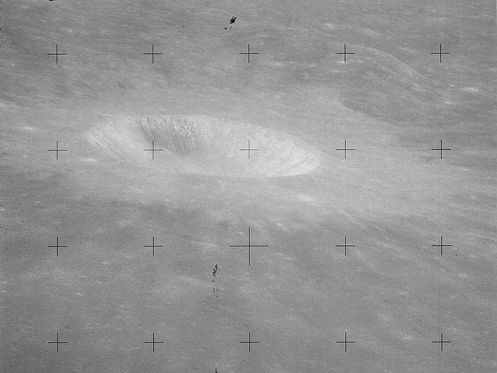 Dionysius crater. Wikipedia.