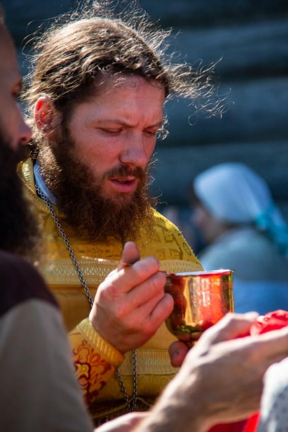 Священник Георгий Олонцев