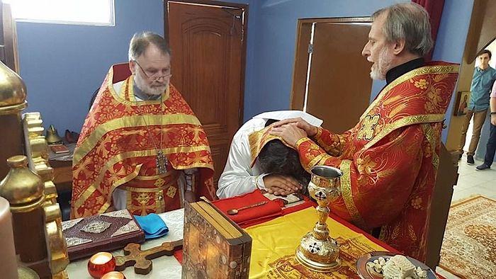 Рукоположение одного из бразильских православных во диакона