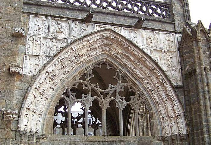 Рельефы большого крыльца Дольского собора, Доль-де-Бретань