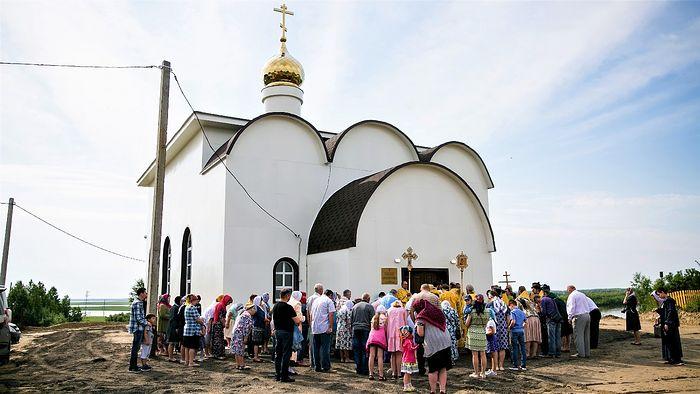 Освящение храма в честь Петра и Павла в д. Ярки Ханты-Мансийского района. 12 июля 2019 года