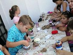 Children raise $2,000 with handmade crafts for large family of newly-reposed Romanian priest