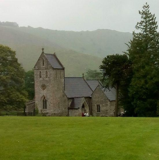 Вид на церковь Животворящего Креста в Иламе, Стаффордшир (фото любезно предоставила С. Фогель)