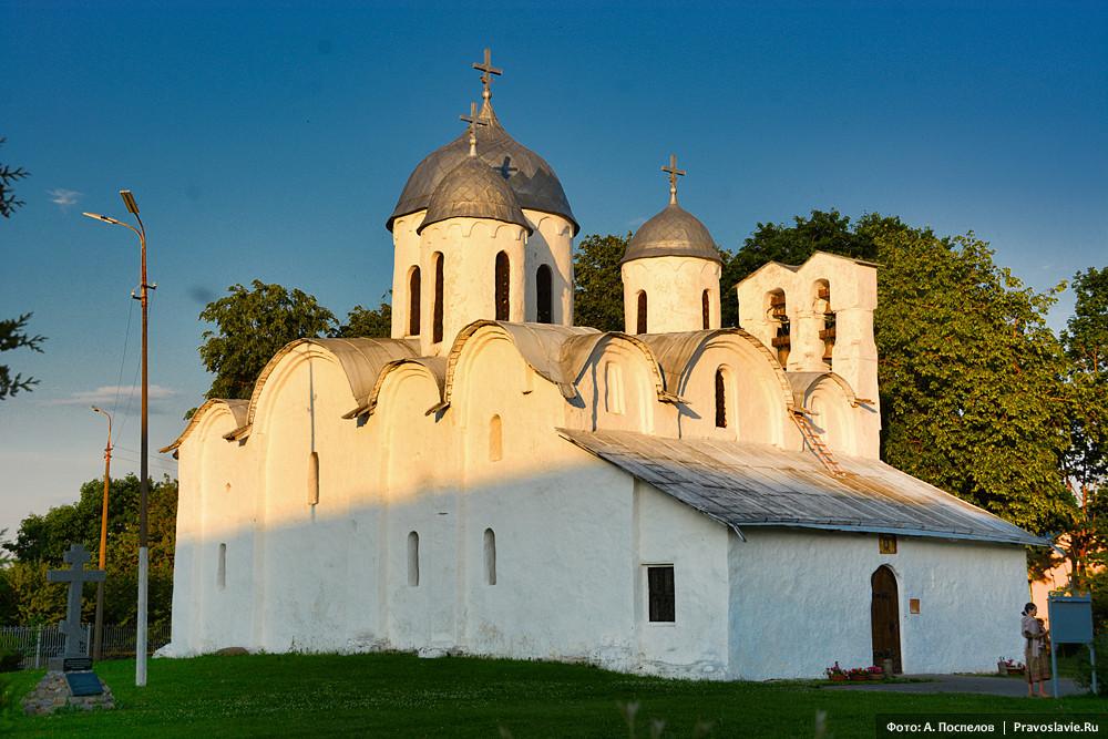 Собор Рождества Иоанна Предтечи на подворье Иоанно-Богословского Крыпецкого монастыря