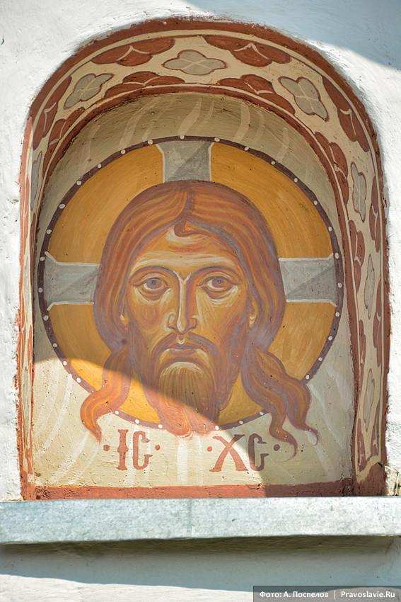 Господь Иисус Христос. Наружная фреска Иоакимовской церкви
