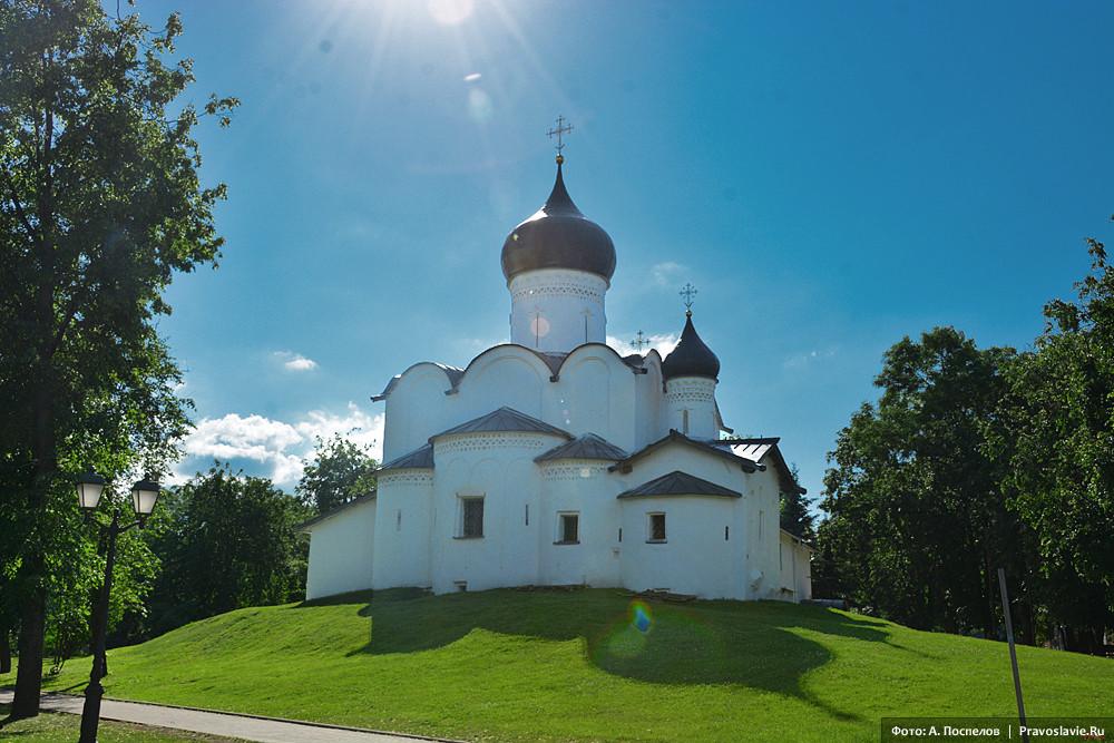 Храм святителя Василия Великого на Горке