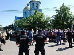 Захвачен храм Украинской Православной Церкви в селе Погребы Киевской области