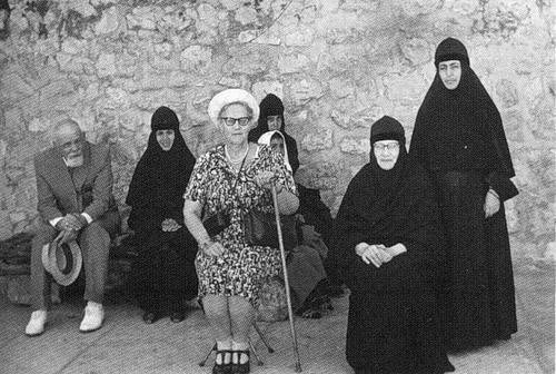 Матушка Тамара с родной сестрой Верой Константиновной Романовой