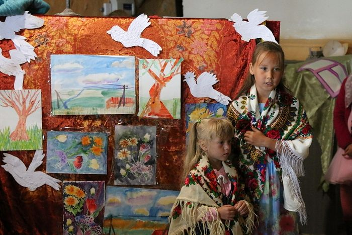 Приходские дети на отчетном концерте в честь Крещения Руси, село Матигоры. Фото: Анна Тимакова