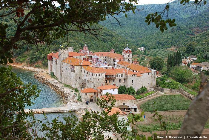 Esphigmenou Monastery