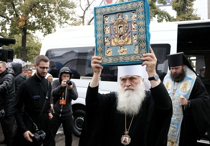 В Бишкек прибыла Курская Коренная икона Божией Матери «Знамение»