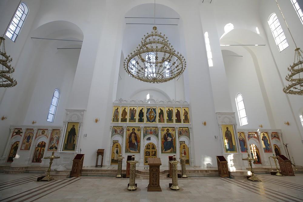 Никольский собор перед росписью