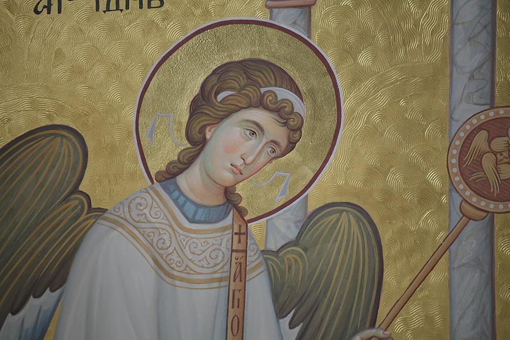 Ангел. Фрагмент росписи алтаря