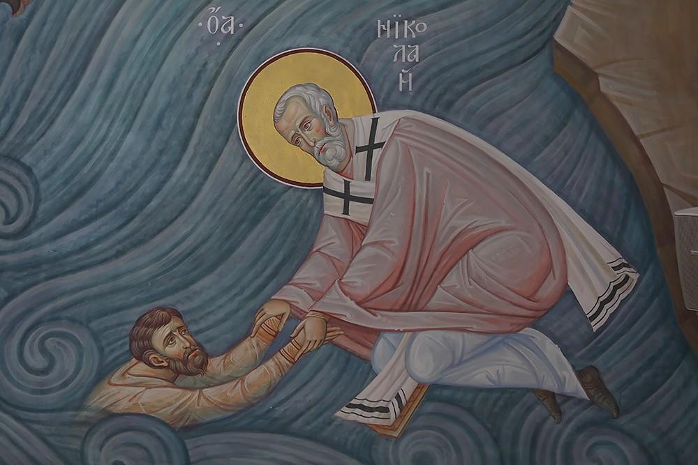 Спасение моряков святителем Николаем. Фрагмент