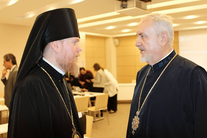 Schismatic Evstraty Zorya and Metropolitan Emmanuel of Gaul. Photo: mgro.fr