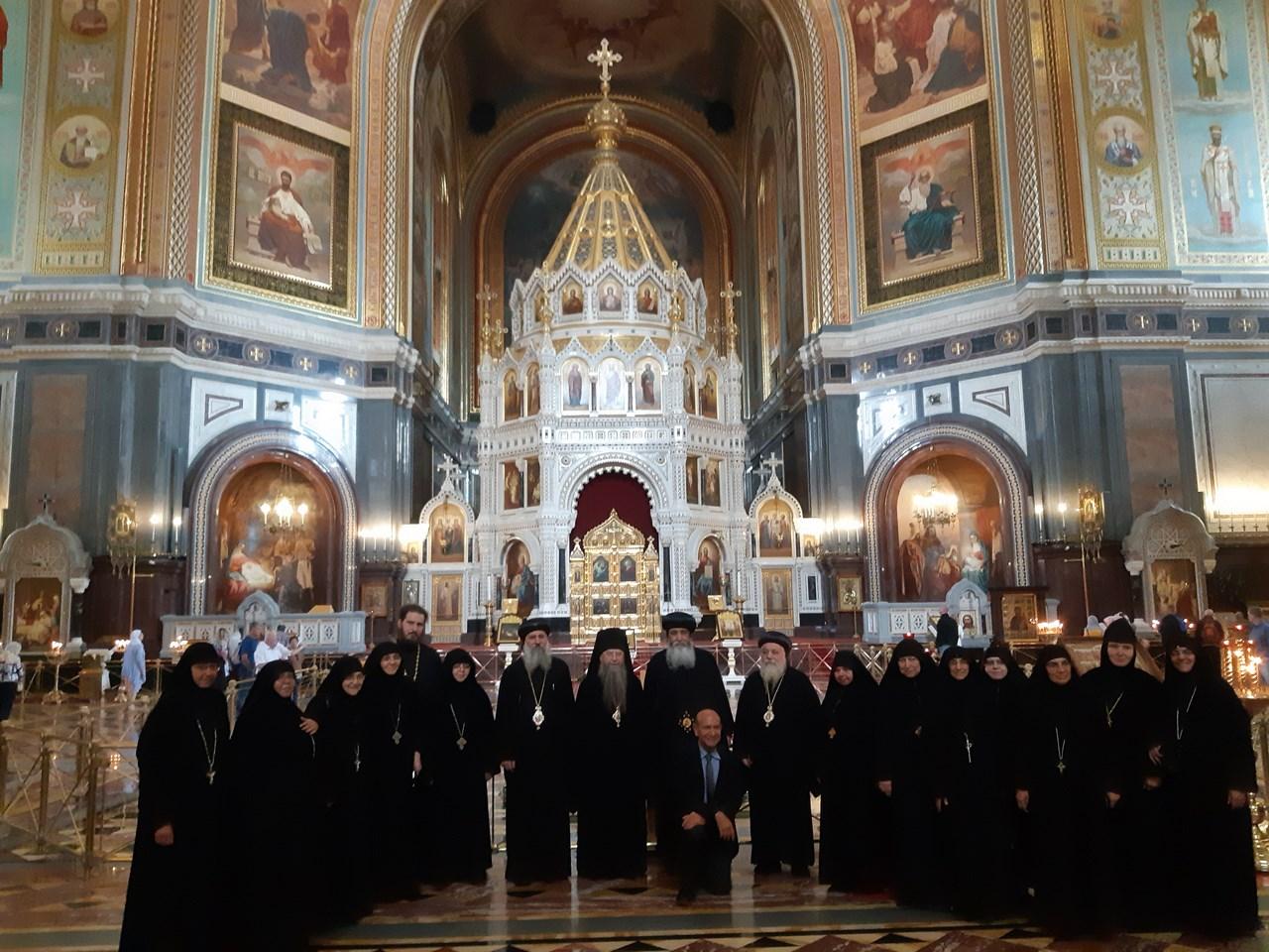 Делегация игуменов и игумений Коптской Церкви посетила православные святыни Москвы и Подмосковья