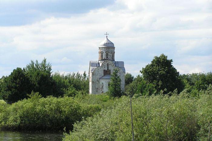 Церковь Николы на Липне( до реставрации). Фото: А. Орлов/culture.novreg.ru