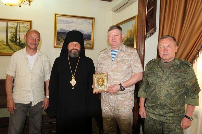 Епископ Клинский Стефан посетил воинские части в Сирии