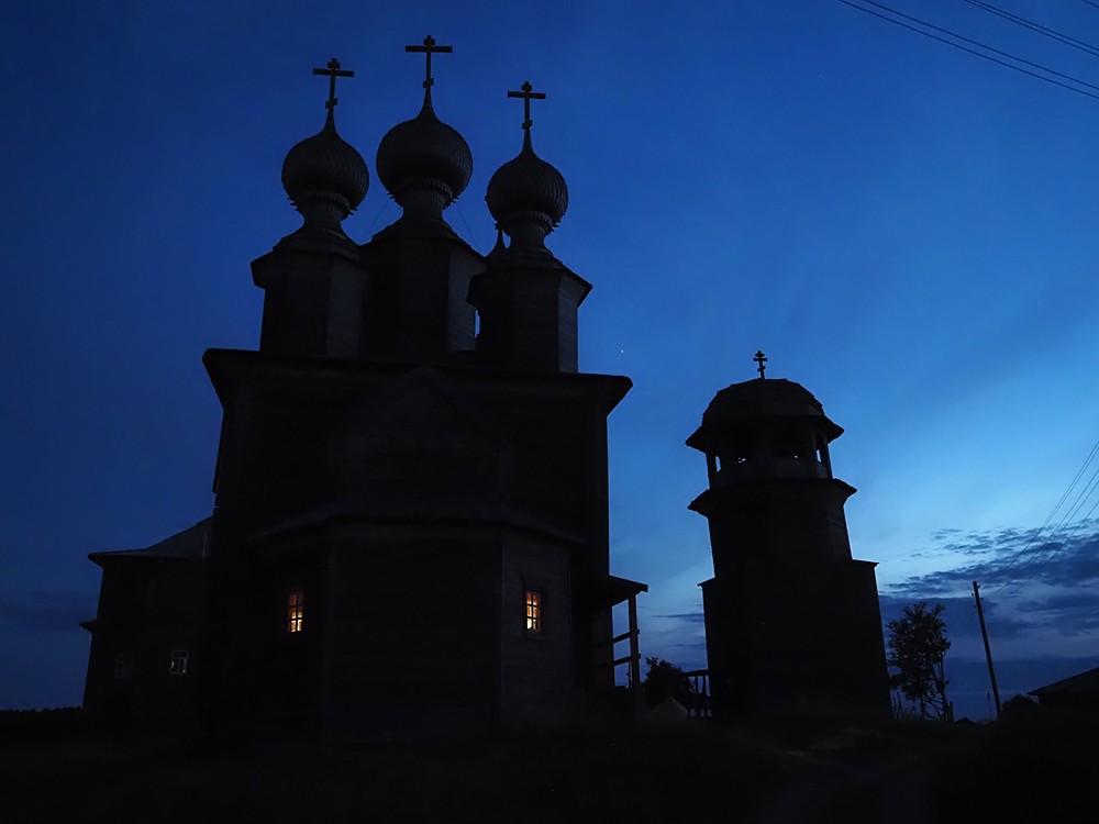 Никольский храм и колокольня Ворзогор