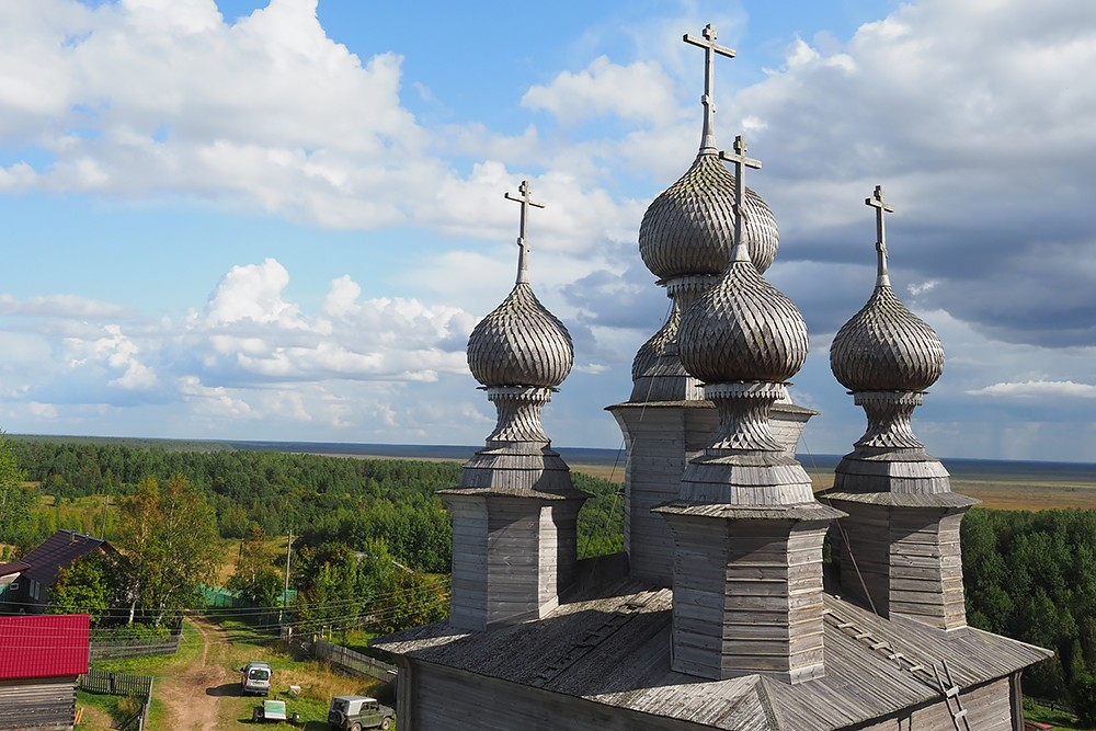 Главки Никольского храма Ворзогор
