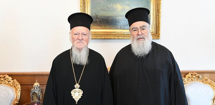 Met. Chrysostomos of Dodoni (right) with Pat. Bartholomew (left). Photo: ethnos.gr