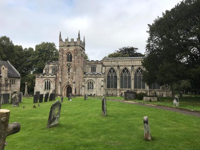 Церковь Богородицы и св. Финбарра в Денбери, Дербишир (фото любезно предоставлено Christine Coxn)