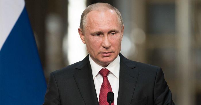 Святейший Патриарх Кирилл поздравил Президента Российской Федерации Владимира Путина с днем рождения