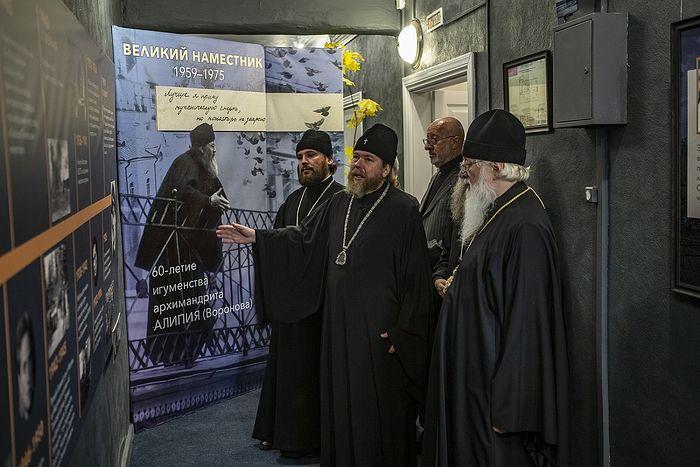 В Псково-Печерском монастыре открылась выставка, посвященная архимандриту Алипию (Воронову)